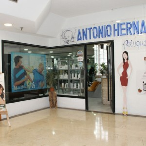 ANTONIO HERNANDEZ PELUQUEROS