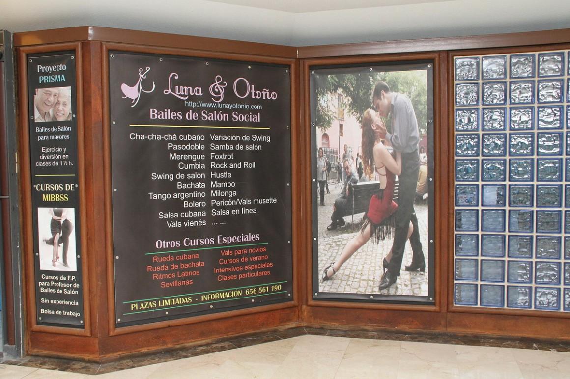 LUNA & OTOÑO BAILES DE SALON
